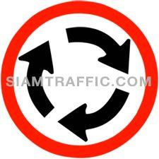 ป้ายจราจร วงเวียน ให้รถทุกชนิดเดินวนทางซ้ายของวงเวียน และรถที่จะเริ่มเข้าสู่ทางร่วมบริเวณวงเวียนต้องหยุดให้สิทธิแก่รถที่แล่นอยู่ทางรอบวงเวียนไปก่อน ห้ามขับรถแทรก หรือตัดหน้ารถที่อยู่ในทางรอบบริเวณวงเวียน