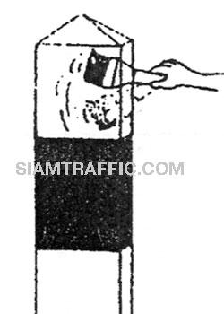 วิธีการติดตั้ง 3 เอ็ม แผ่นสะท้อนแสงสก๊อตช์ไลท์ คอนฟอร์มเมเบิ้ล รุ่น 6800 : ทำความสะอาดพื้นผิวที่ต้องการติดแผ่นคอนฟอร์มเมเบิ้ลด้วยแปรงหรือผ้า