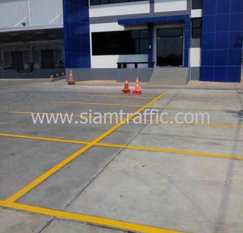 ตีเส้นจราจร WHA Mega Logistic Center บางพลี