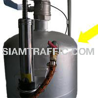 Tack Coat Sprayer : On-off valve for air pump