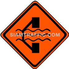 "2-95 Construction Signs ""Road Diversion Left"" – The way ahead is under construction. Traffic direction is diverted; use alternative way on the left instead."