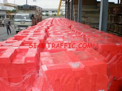Water tank barrier