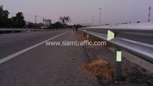 Guard rail at Inter City Motorway Lumlukka-Prawet