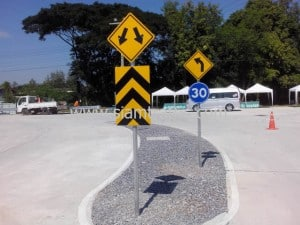 Guardrail and traffic sign at SCG Logistic Management