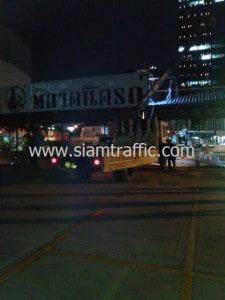 Road line marking at Tarad Rod Fai Night Market