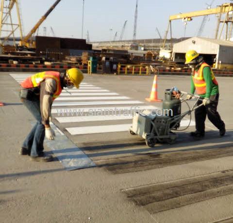 road marking at unithai shipyard and engineering