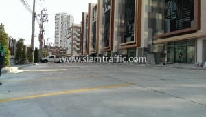 Parking lots road line marking services Mahatun Plaza Rama 3