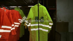 Rain coat TV3