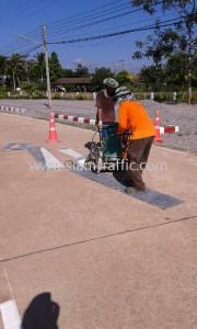 Road line marking service Kaeng Hang Maeo Hospital Chanthaburi Province