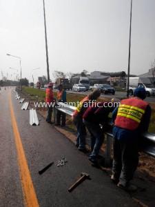 Highway guardrail Chon Buri Highway District