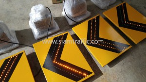 Solar warning sign tackcoat 3m road stud and traffic cone export to Cambodia