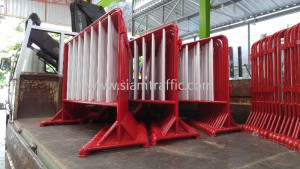 Steel traffic safety barrier Central Plaza Grand Rama 9