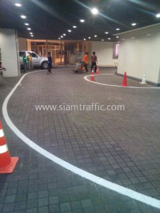 Thermoplastic line marking at Gaysorn Plaza Ploenchit road