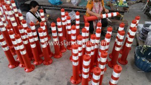 Traffic guide pole to Southern Thailand