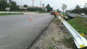 Crash barrier Nam Rot to Pho Ta Hin Chang to Wang Krok to Siab Yuan Chumphon Highway