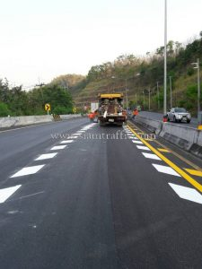 Thermoplastic markings Bueng Lak to Nong Nam Khieo Uttaradit Highway