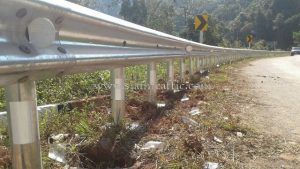 W beam galvanized highway guard rails Laklai to Banwen Nan Highway