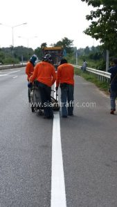 Road markings paint Highway No.11 Nongnumkheow - Pang Kho Phrae District