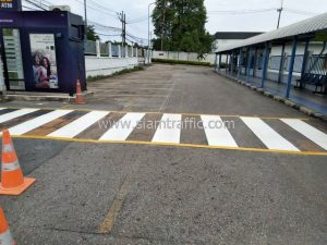 Road line marking at Unilever Thai Holdings Chachoengsao