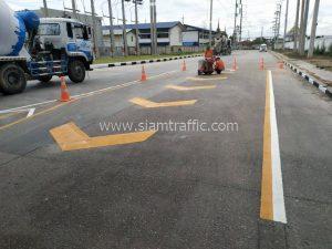 Road markings at Carabao Dang Chachoengsao
