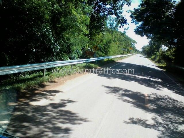 guardrails ทางหลวงหมายเลข 3206 ตอนควบคุม 0101 ตอน ปากท่อ–ท่ายาง