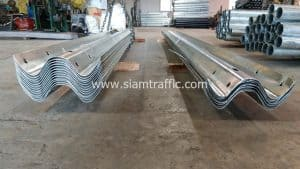 Hot Dipped Galvanized W-beam guardrail at Pathum Thani Province