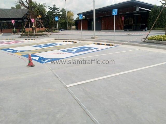 [:th]รับเหมาตีเส้นจราจร ที่สถานีบริการน้ำมัน ปั๊ม ปตท. จังหวัดระยอง[:en]Thermoplastic road marking at PTT Gas Station Rayong Province[:]